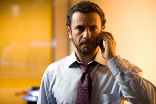 Alejandro Ávila en episodio Periodista de Tiempo Final